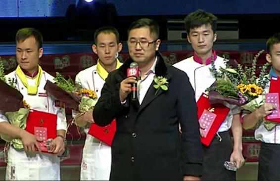郑州新东方毕业学子朱红占获原微集团