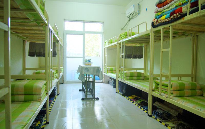 学生宿舍生活环境