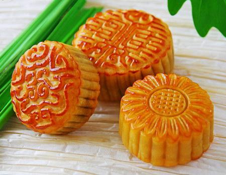 """郑州新东方烹饪学校提醒:中秋月饼的""""七不宜""""图片"""